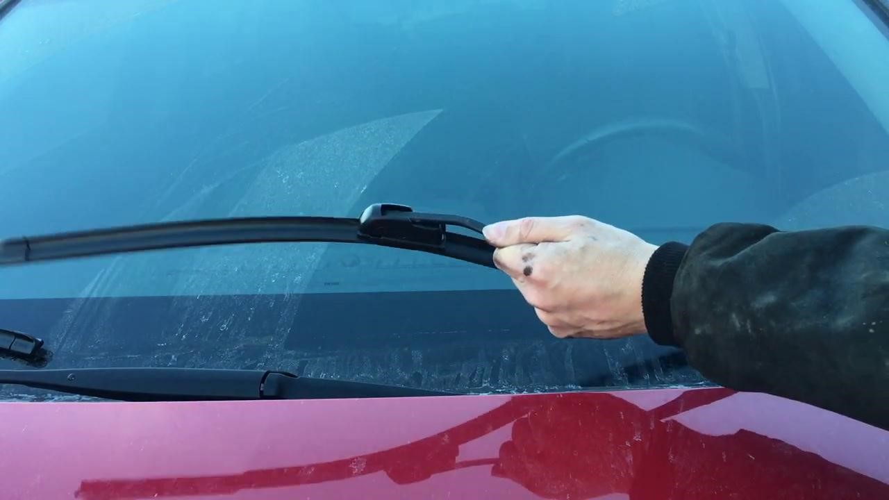 The Guide to Replace Chevy Cruze Windshield Wipers